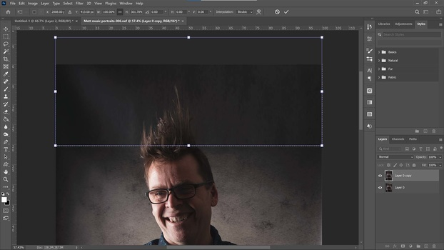 2 Easy Ways To Extend Backgrounds in Photos Using Photoshop